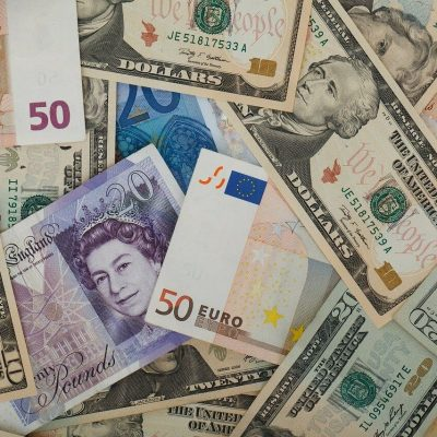 Transferring money overseas – the safe way