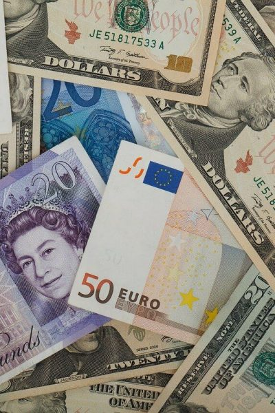 Transferring money overseas - currencies of the world