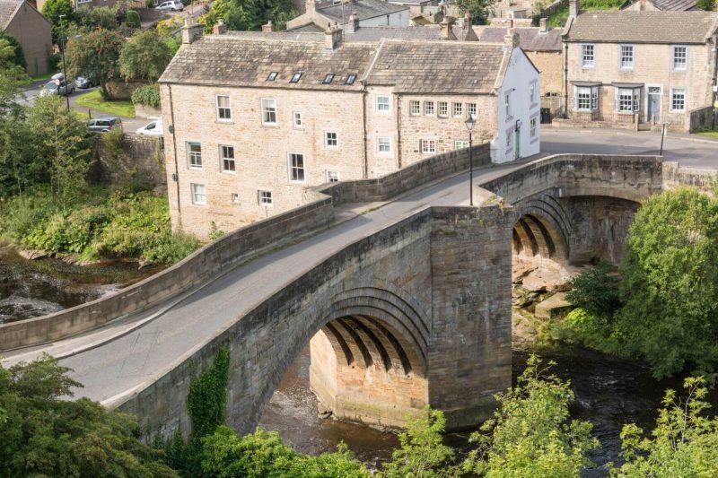 Barnard Castle town and old bridge