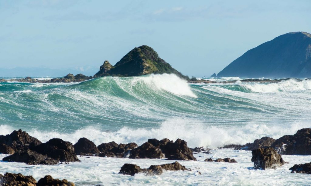 Huge waves off Princess Bay Wellington New Zealand