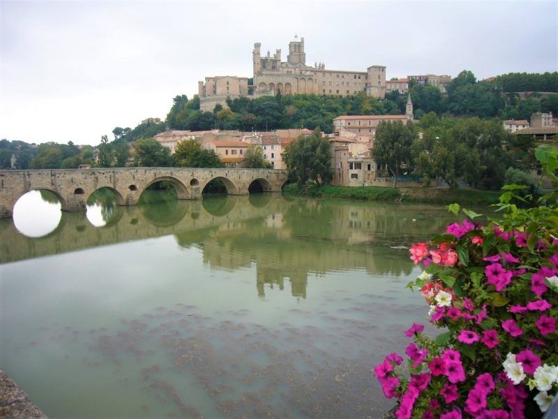 Beziers and the river Orb